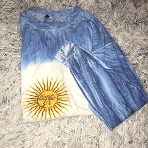 Moon tye dye top